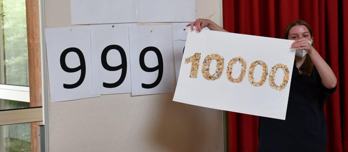 web-Die goldene 10.000 erscheint